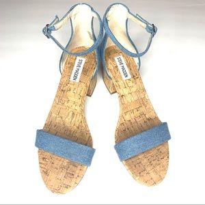 Steve Madden denim block heel sandal w/ankle strap